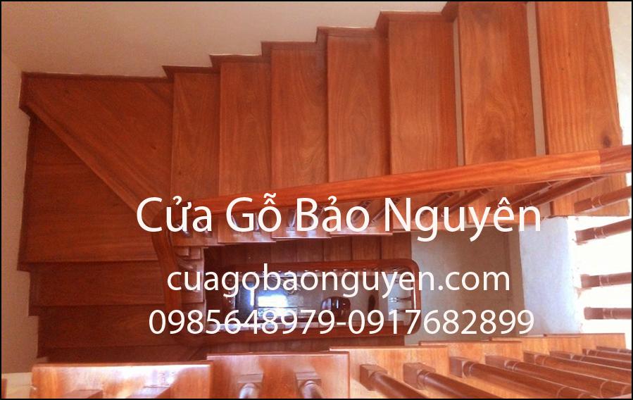 Cầu thang gỗ ốp bậc gỗ lim nam phi M1