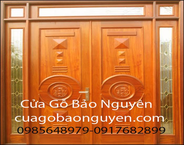 cửa đi 4 cánh gỗ lim M11