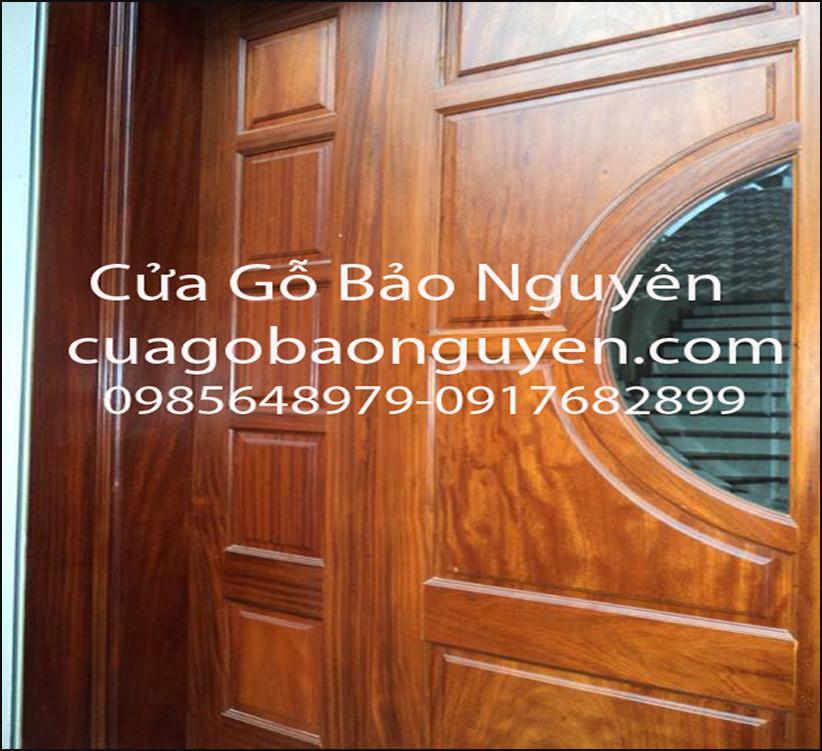 cửa đi 4 cánh gỗ lim lào đẹp cho mặt tiền M12