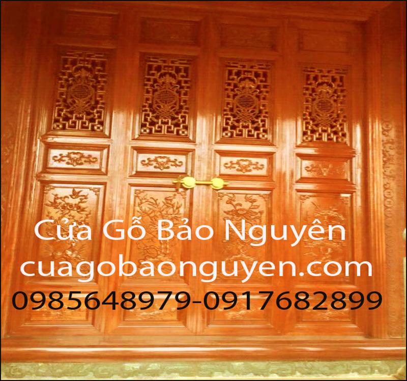 mẫu cửa bức bàn cho nhà gỗ đẹp M18