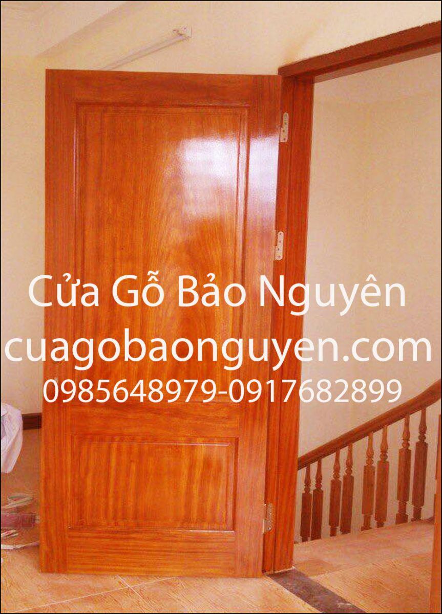 Mẫu cửa thông phòng 2 lá vuông gỗ lim lào đẹp M6