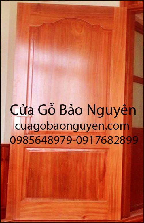 mẫu cửa thông phòng 2 lá to đẹp gỗ lim M17