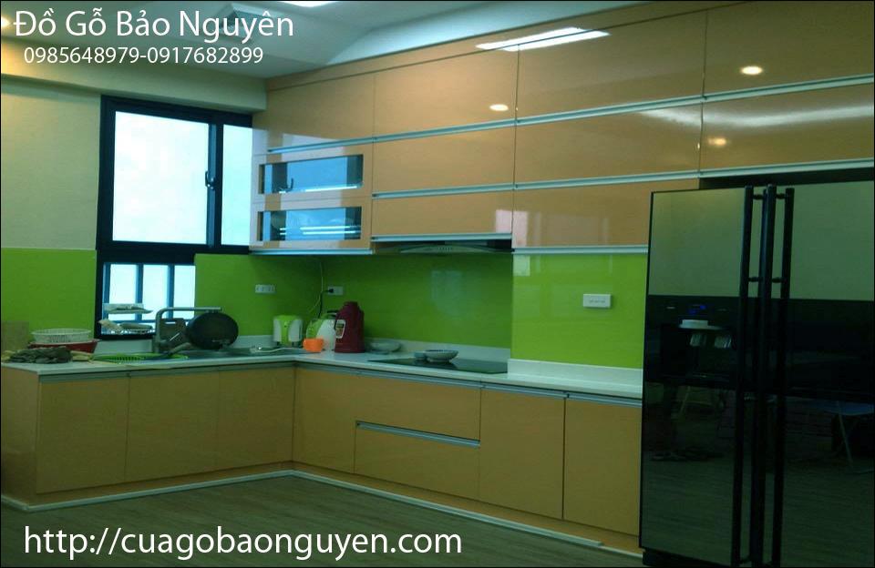 mẫu tủ bếp acrynic đẹp giá bán tại nơi sản xuất M12