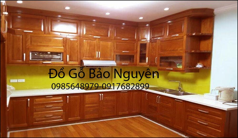 tủ bếp gỗ sồi nga M4
