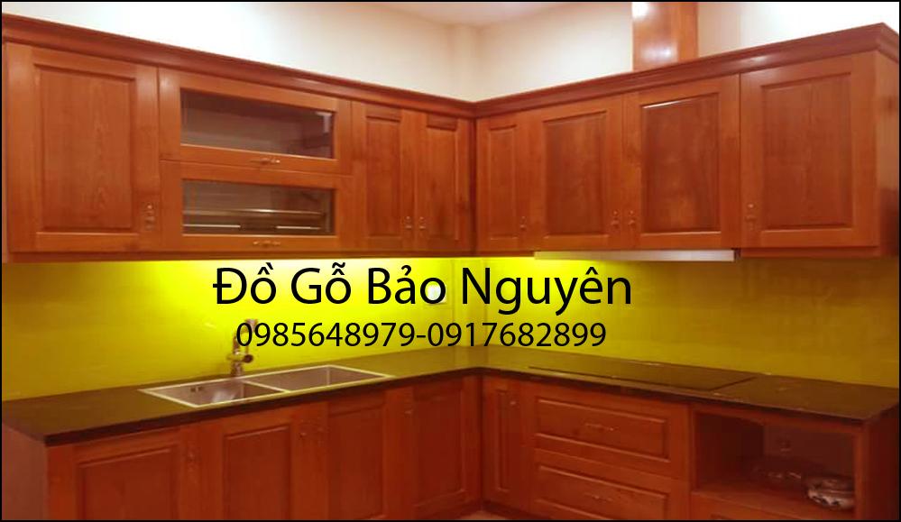tủ bếp gỗ sồi đỏ M9