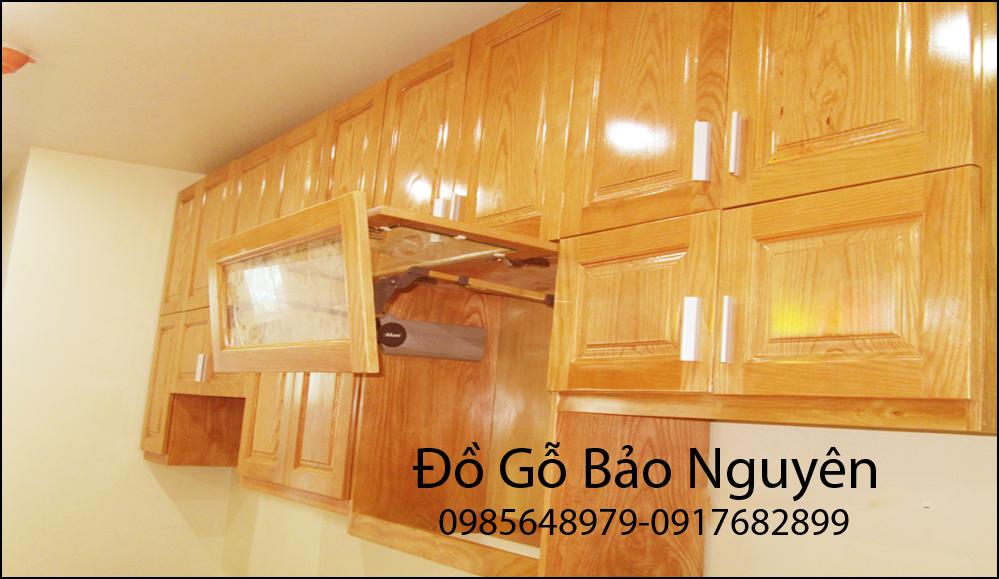 mẫu tủ bếp gỗ sồi nga hiện đại M13
